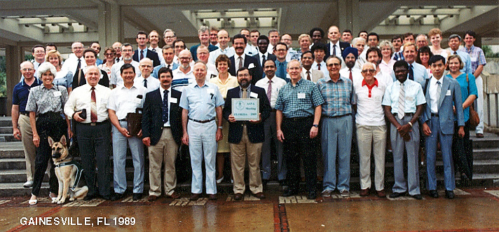 1989 AAVA Meeting Group Photo